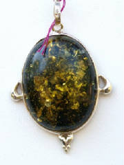 Jewelry/greenamber.JPG